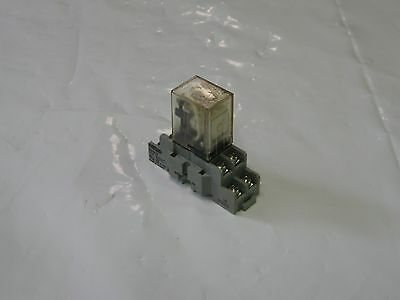 Omron 8 Pin Cube Relay LY2, 24VDC, W/ Base Unit, Used, Warranty