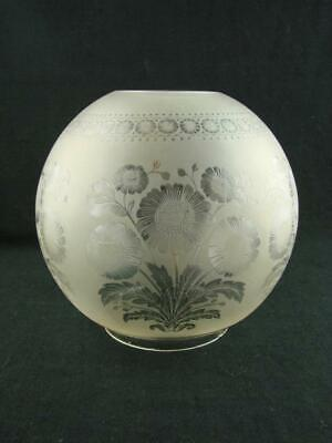 Quality Antique Foliate Design Deeply Etched Glass Globe Duplex Oil Lamp Shade