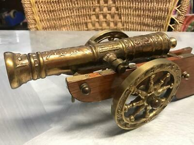 OLD VINTAGE BRASS 18th CENTURY MODEL FIELD CANNON GUN HOME BAR MANCAVE ORNAMENT