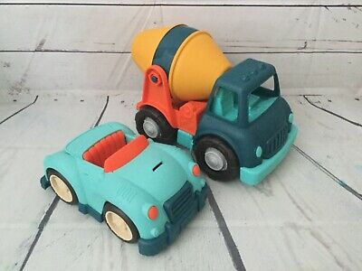 FISHER PRICE SPIN & Spill Cement Truck With Three (3) Color balls by