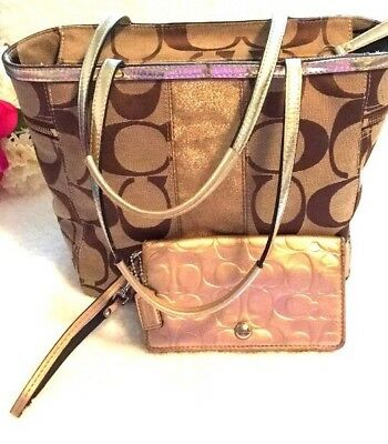 7d95813ee4 COACH SIGNATURE TAN KHAKI Gold Stripe TOTE SHOULDER BAG   LEATHER WRISTLET