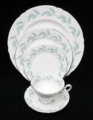 SHELLEY china SERENITY 13791 pattern 5-piece Place Setting