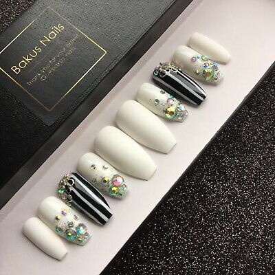 Hand Painted False Nails Matte White And Diamonds Black And White Stripe Coffin