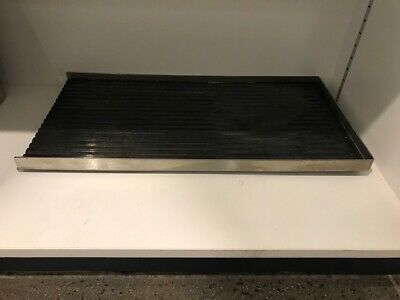 Electrolux - double burner ribbed zone grill plate. Suits 700 range gas burners
