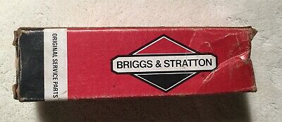 Briggs /& Stratton Rocker Arm Stud B/&S 94342 NOS OEM Made in USA