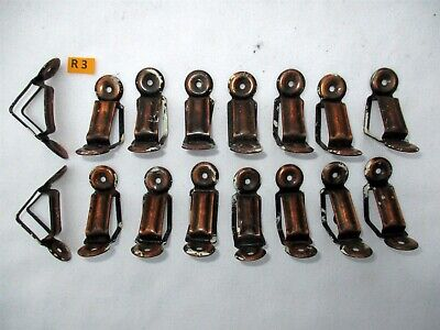 R3) Antique Brass Stair Rod Bracket. Price is per bracket, for 1 inch rod face.