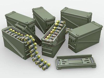 Legend 1/35 PA-120 40mm Grenade Ammo Box 32 Cartridges (12 Cans 4 Belts) LF3D050