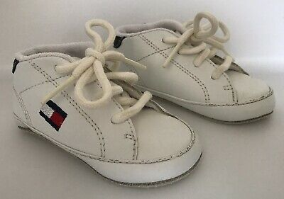 259239cbccad08 TOMMY HILFIGER INFANT Baby Crib Shoes White Leather Size 2M Vintage ...