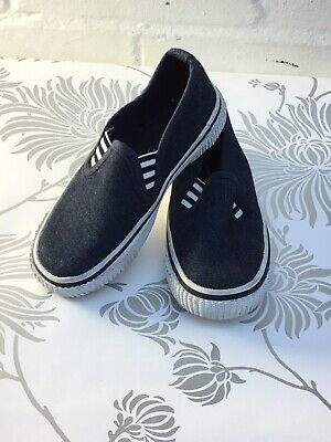 Slip On Casual Canvas Desk,Boat,Yachting, Plimsolls Trainers Pumps Shoe Size 9