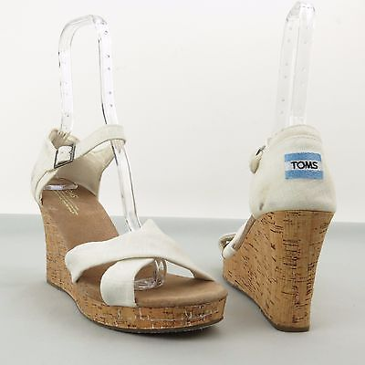 f47ba65a3736dc Women s Toms Sierra Shoes White Canvas Strappy Wedge Sandals Sz 11 M NEW!