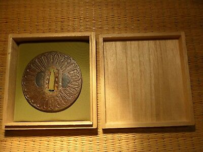 FINE ANTIQUE JAPANESE TSUBA SWORD SAMURAI EDO katana 200 / 300 years old SHAKUDO