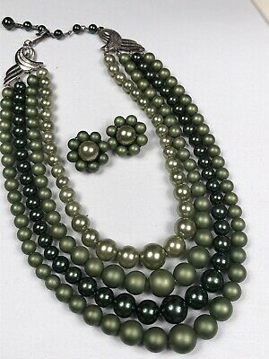 Vintage 1950s 4 strand beaded Pearl Shades Of Pea Green Necklace Clip + Earrings