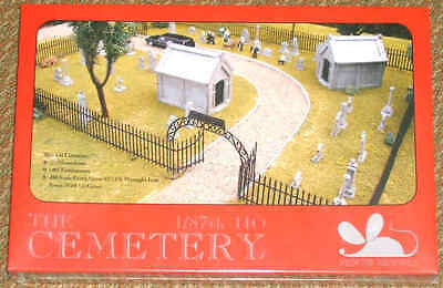 THE CEMETERY 1/87 HO OO kit by Mouse Models - FUNERAL - Halloween - MONSTER