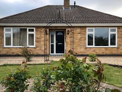Dog Friendly Detached Holiday Cottage, Lincolnshire Coast, Sleeps 4, Bungalow