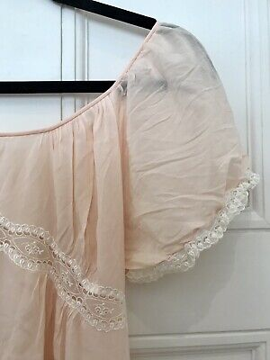 Vintage Negligee Nightdress Feminine 1940's 1950's Pink And White lace Detail