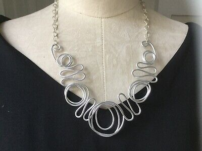 Fizzona Unique Lagenlook Gold Twisted Wire Necklace Wow