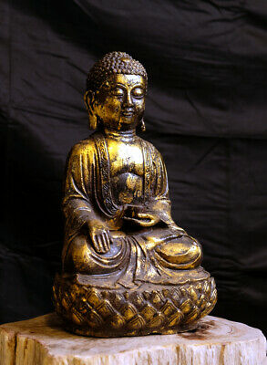 Goldfarbener Buddha aus Metall, China