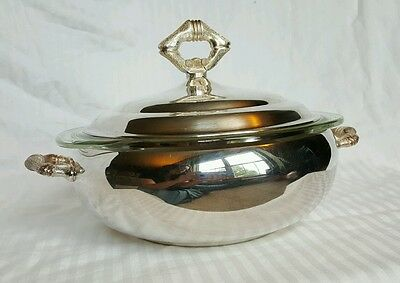The Sheffield Silver Co. Serving Dish Pyrex Insert 1.5 quart Silver Plate Handle