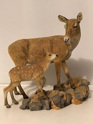 COUNTRY ARTISTS ref CA 05483 RED DEER DOE AND FAWN 'Tender Moment' FIGURE VGC