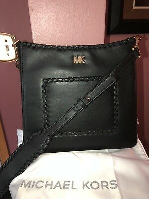 be407a3a41fa Michael Kors Gloria Whipstitched Pocket Swing Pack Black MSRP 278 NWTS
