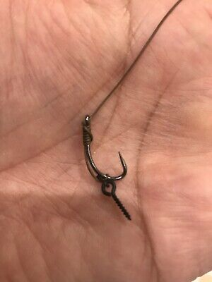 8 x CARP  fishing Slip D rigs size 8 Barbless With Screw Tied With N-Trap Korda