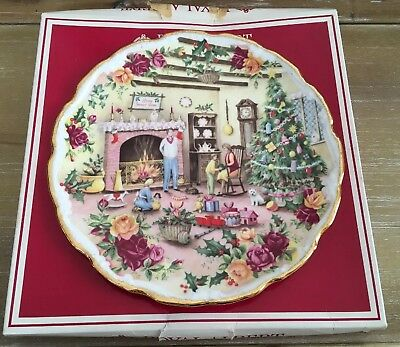 "Royal Albert Old Country Roses Decorative Plate ""Christmas Warmth"" Errill Nib"
