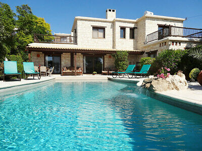 Luxury 5* Villa rental - 3rd to 10th Oct (7 nights) - Special Offer - Save £300!