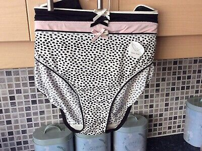 4bad48873b91 3 Pairs Of Ladies Pink & Black Bikini Briefs/Knickers Size 18 From Pretty  Polly