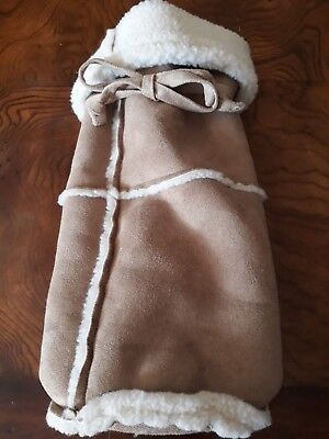 Pottery Barn Sheepskin Wine Gift Bag Faux Shearling Fleece Carrier Cover Tan