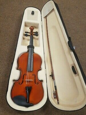 Violin And Case With bow, Brand New ***** NO RESERVE *****