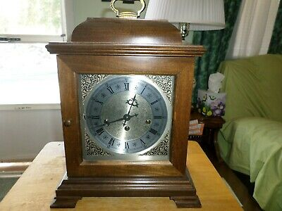 Vintage Hamilton Westminster Chime Mantle/ Bracket Clock with Key Working