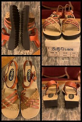 1970s Sandals Wicker Open Toe Buckle Strap Brown Braided Shoes Girls Youth 2.5