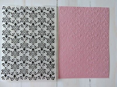 Embossing Folder - Traditional