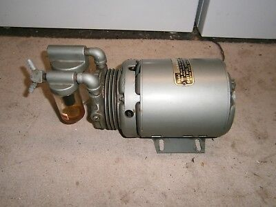 Gast 0211-V87 1/6 HP Vacuum Pump Serial Number Y62752 - Excellent Condition