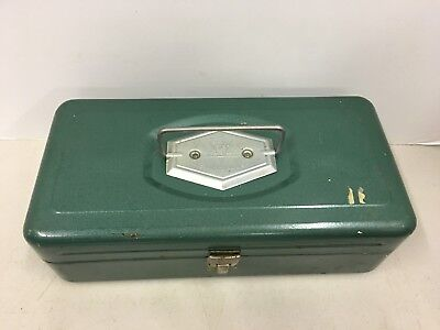 Vintage Victor Tackle Fishing Box Green Metal with Tray