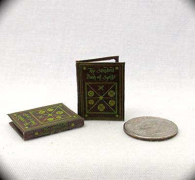 THE STANDARD BOOK OF SPELLS Miniature Book Dollhouse 1:12 Scale Potter Magic