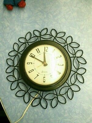 Vintage Mid Century SESSIONS Wall Clock Wrought Iron Floral Desing Frame WORKS