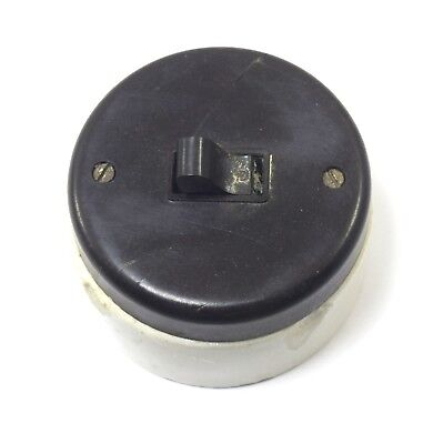 Vintage Electric Ceramic & Bakelite Electric Wall Switch Collectible. i59-92 US