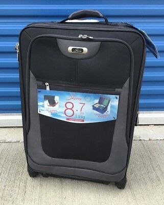 Skyway Luggage Epic 25-Inch Spinner Carry On With Gliding Wheels NWT