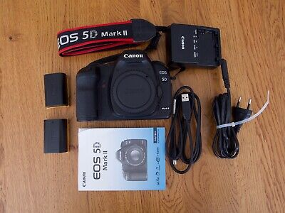 Canon EOS 5D Mark II 21.1MP 3 Zoll Display Digitalkamera - Schwarz