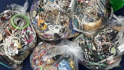 Joblot Mixed Costume Jewellery 2kg Kilo Bungle Everyone Different Craft Beading