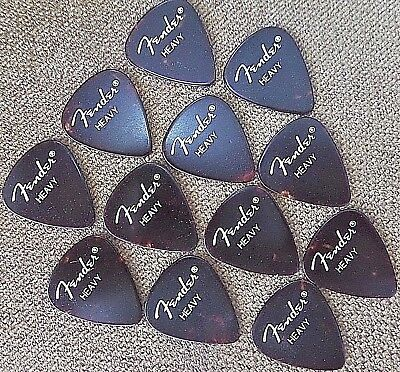 Fender 351 Classic Celluloid  Guitar Picks - 12 pack ( Heavy)