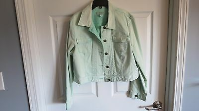 EUC chicos size 2 mint green denim crop jacket perfect for the summer !!!!! -