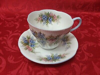 Royal Albert Bone China Tea Cup & Saucer Blossom Time Series Lilac ~ Mint Cond~