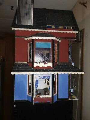 dollhouse garrison painted multicolored