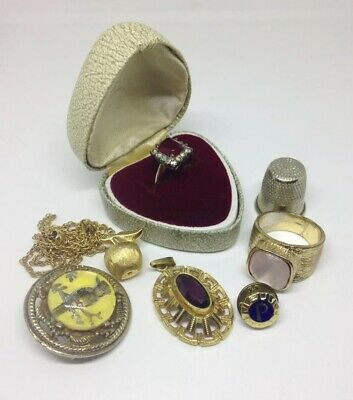 Job Lot Of Vintage And Costume Jewellery. - Vintage Rings