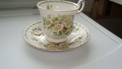 SPECIAL FLOWERS queens tea cup & saucer set Made in England By Rosina China