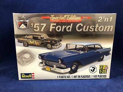 Revell 1957 Ford Custom 2 'n 1 1:25 Scale Plastic Model Kit 4283 New in Box