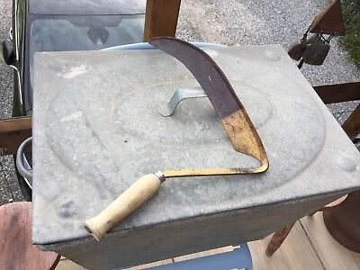 Ancien Outil Faucille A Main  Fer Forge Old Tool Vintage Deco Jardin