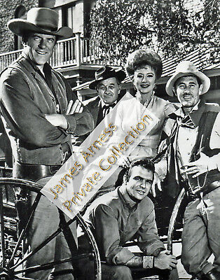 James Arness Gunsmoke Marshal Dillon 1960's Cast With Burt Reynolds & Ken Curtis